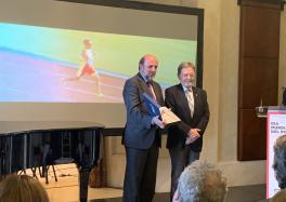 Miguel Sagarra recibe el reconocimiento