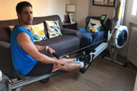 Enhamed Enhamed, en su casa con el nuevo material para entrenar